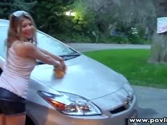 Car wash Girl Alice White fickt im Auto