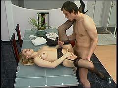 sex auf dem tisch erotische massage video