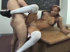 Lehrer fickt seine schulerin