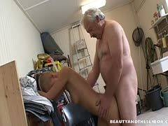 Alter opa fickt geile drecksau deutsch
