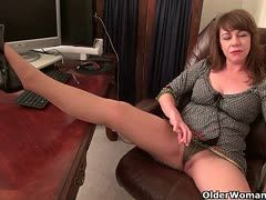 guy who loves Milf ficken in Tanga into the off